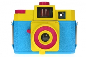 Holga 120CFN Starter Kit Color (CMYK)