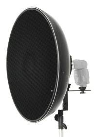 Beauty dish (50cm diameter) för hot shoe-blixt